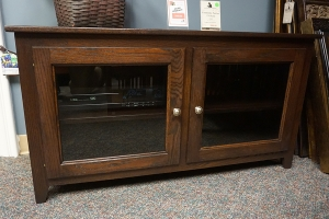 clearance economy tv stand